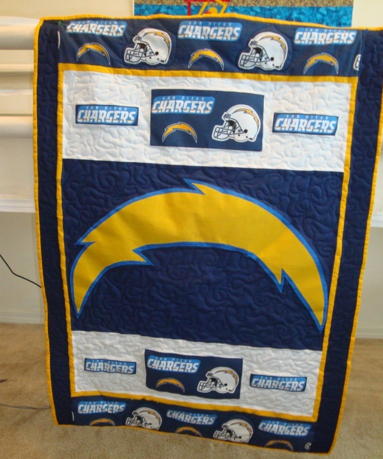 San Diego Chargers Blog: San Diego Chargers Quilt!