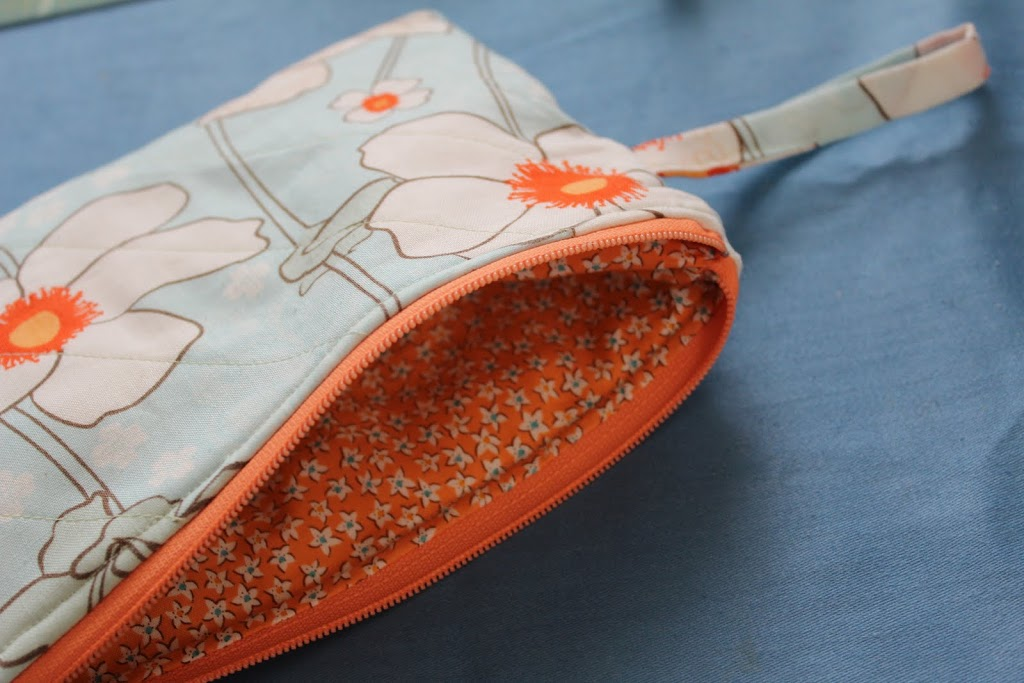 Quilted Zipper Wristlet Or Cosmetic Bag Crafty Gemini