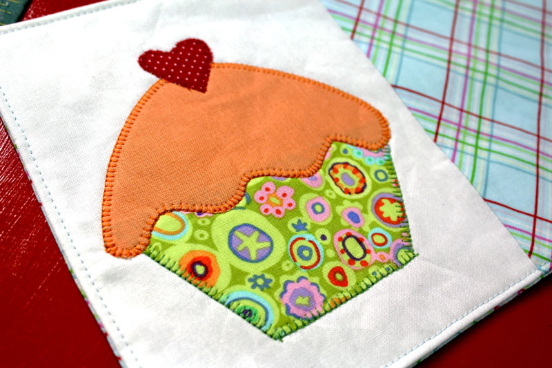 Cupcake Mug Rug Tutorial Crafty Gemini