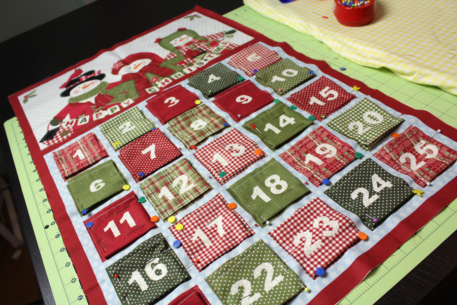 Christmas Advent Calendar Tutorial Amp Fabric Giveaway