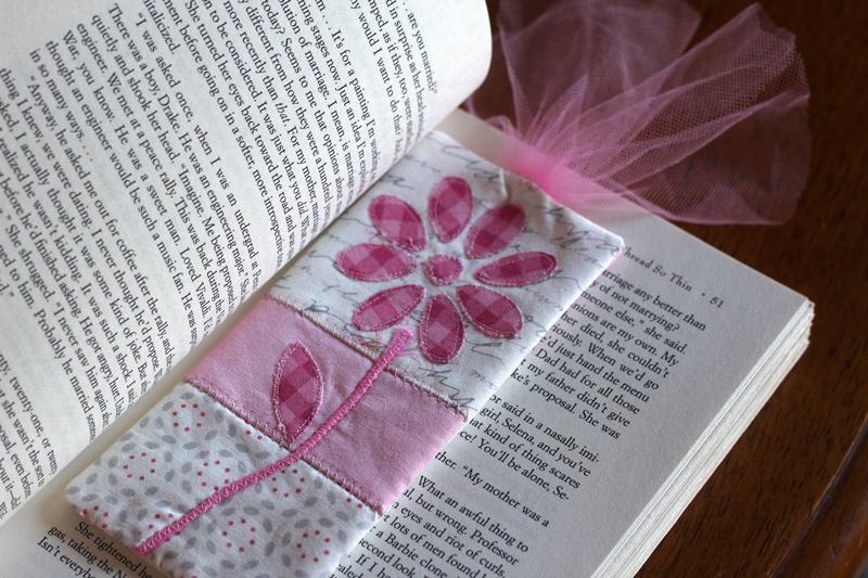 fabric bookmark tutorial- slice cutter applique