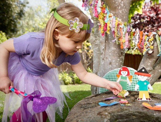 Fairy Fun with Kiwi Crate! The perfect gift for kids ages 3-7. shop ››