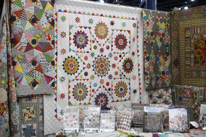 jen kingwell booth at fall 2015 quilt market
