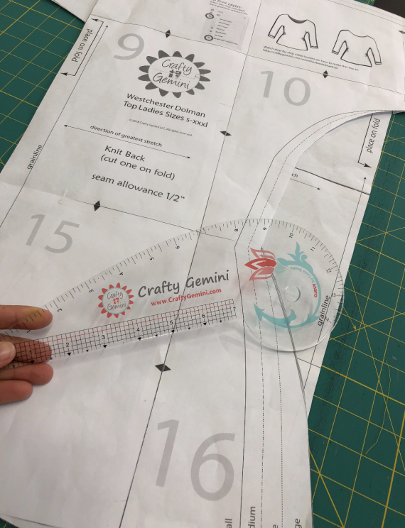 curvy curvey ruler crafty gemini edition french curve ruler