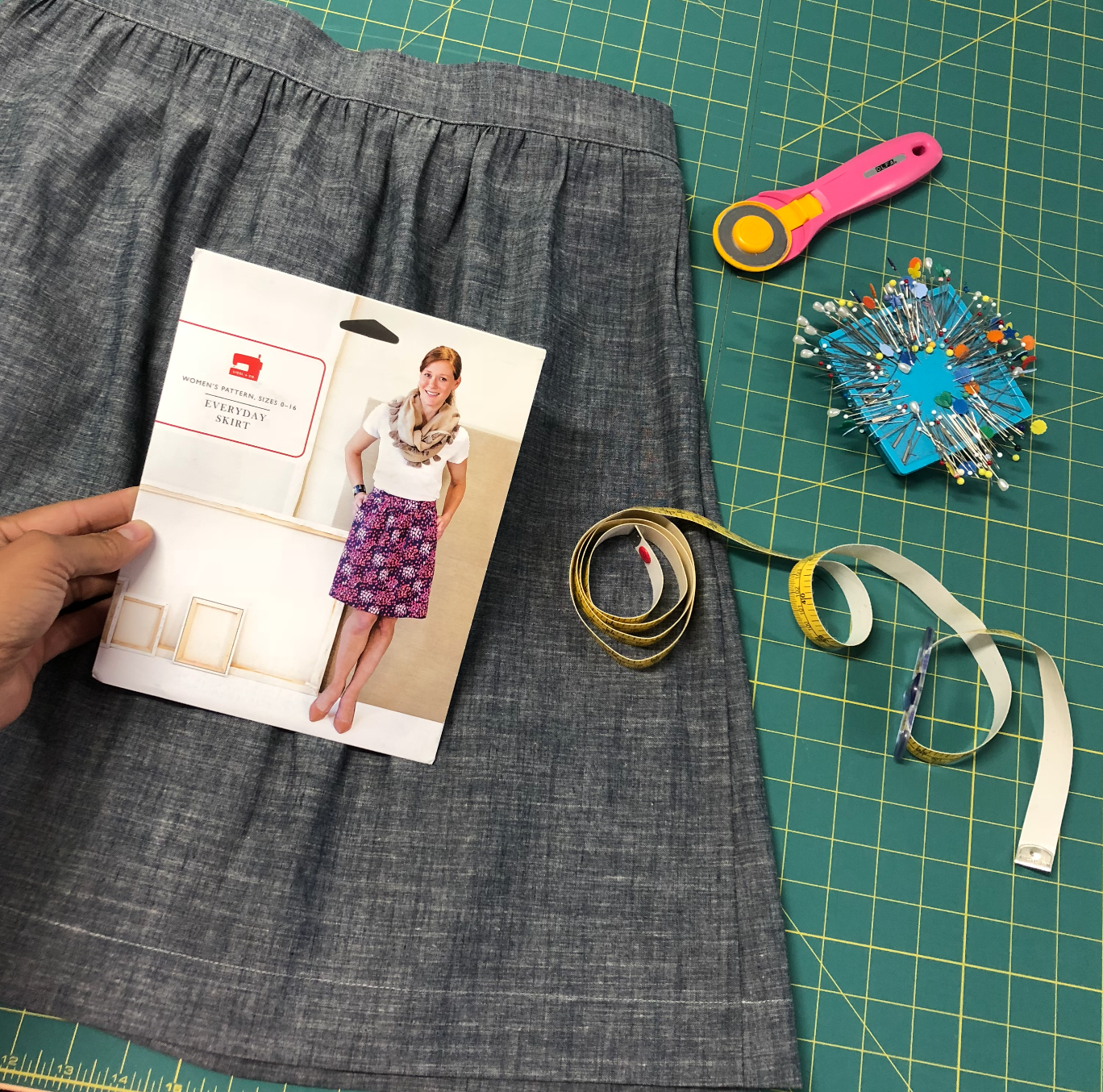 everyday skirt sewing pattern by liesl & co