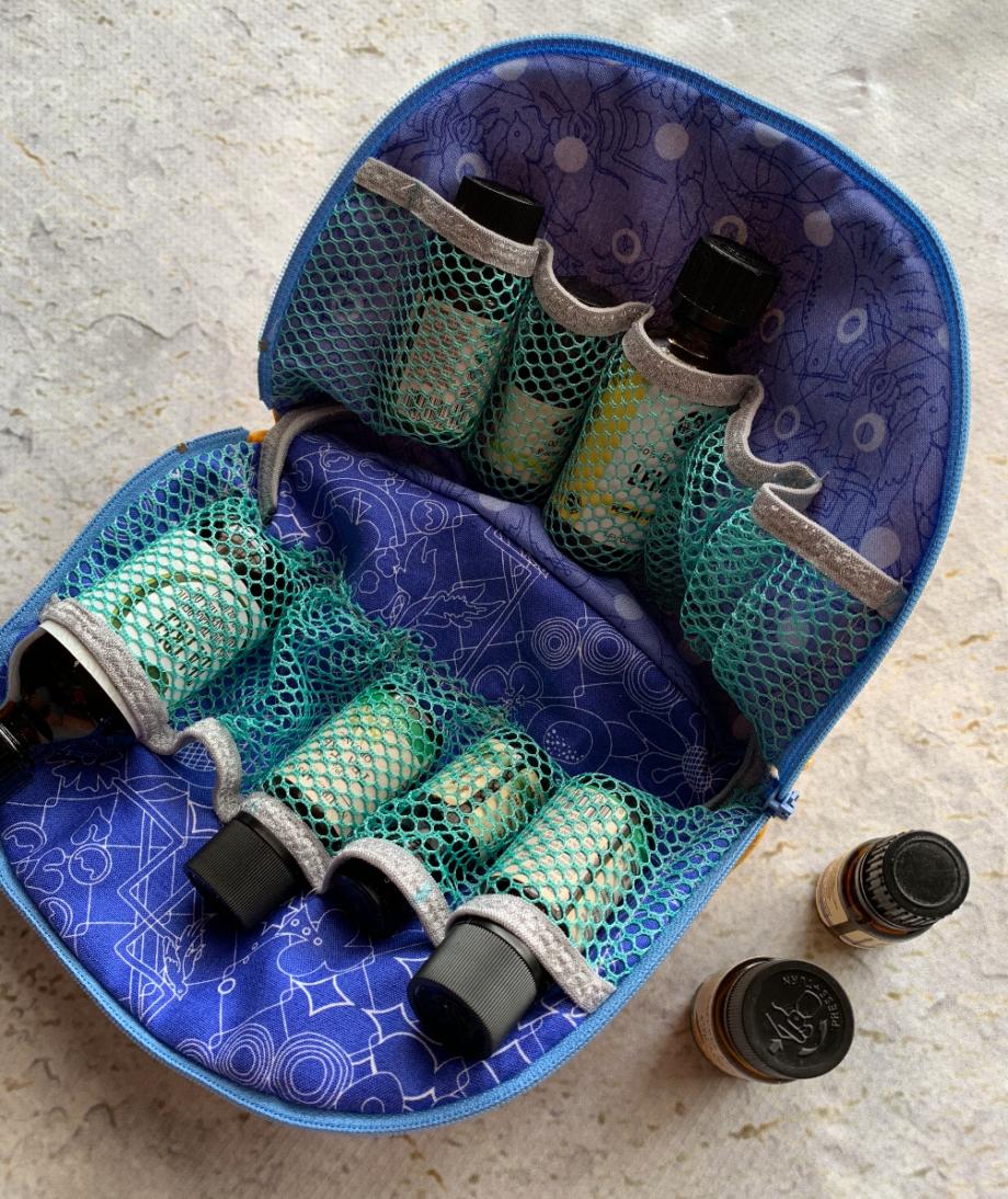 trixie pouch by crafty gemini