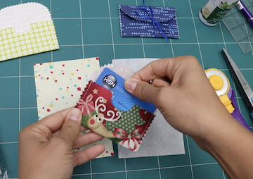 5 minute gift card holder tutorial by crafty gemini
