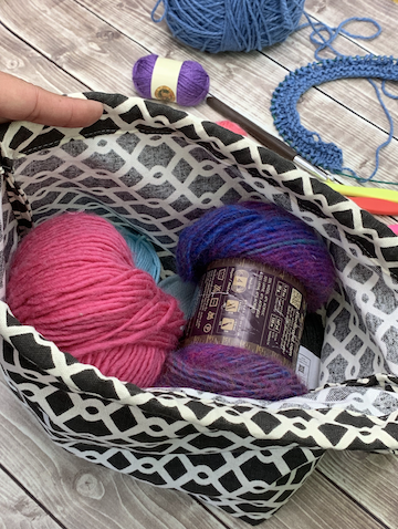 drawstring yarn project bag tutorial by crafty gemini