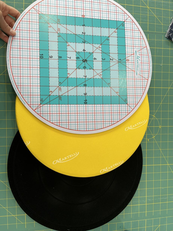 martelli round about 3 pieces mat set